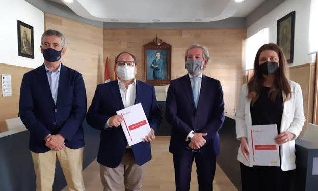 ENCUENTRO INSTITUCIONAL: AYUNTAMIENTO DE LA BAÑEZA Y CÁMARA DE COMERCIO DE LEÓN